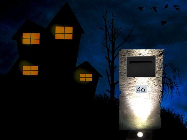 Letterbox spike lights Australia